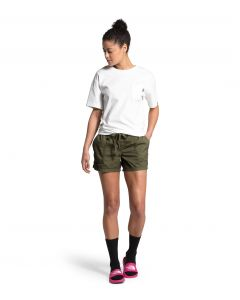 WOMEN'S MOTION PULL-ON SHORT